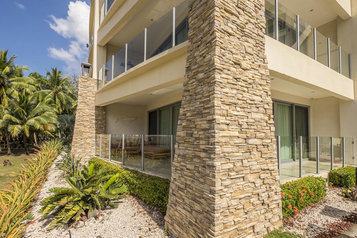 Piedras para muros exteriores pisos y paredes tipo for Tipos de piedras para paredes exteriores
